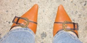 BCBG Girls leather pumps